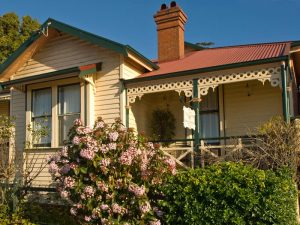 The Duck House Cottage, Burnie Accommodation